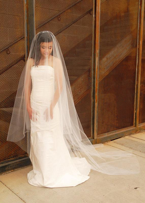 Свадьба - Cathedral Wedding Veil - Bridal Veil - Drop Veil with Smooth Cut Edge - Simple Wedding Veil - Rome