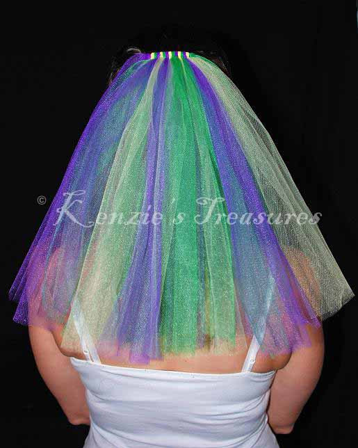 Mariage - Mardi Gras Wedding or Bachelorette Party Veil
