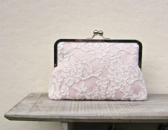 Свадьба - Blush clutch, blush bridal clutch, lace wedding clutch, blush bridesmaid clutch, pink lace purse, pink clutch, blush wedding, uk clutch