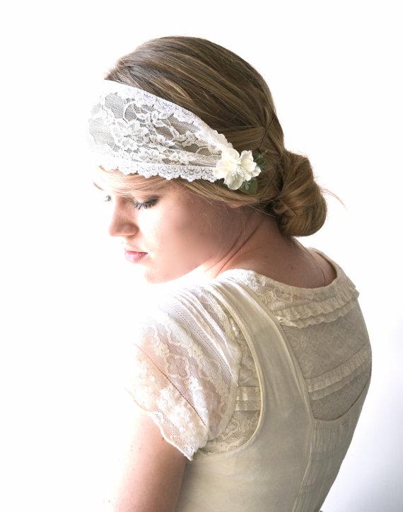 زفاف - Bridal lace headpiece, Alternative veil, Bandeau veil, Bridal cap, Lace Cap, White lace, Flower Clip, Deco bridal cap, Cap veil - POISE