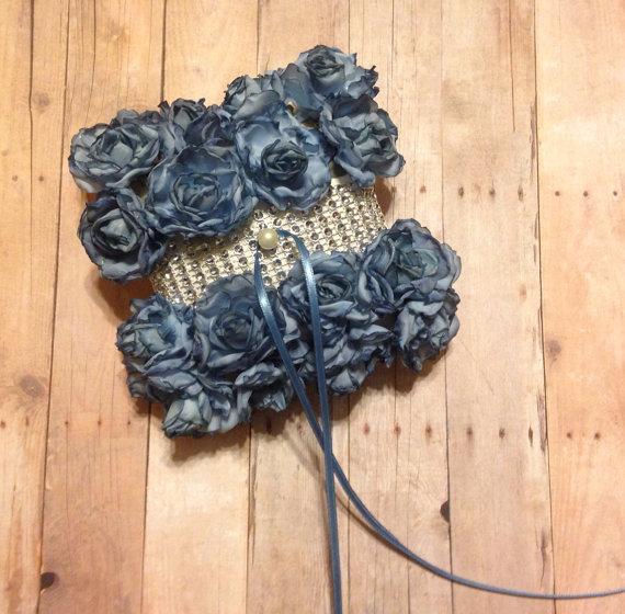 Свадьба - Ivory and Blue Flower Pet Wedding Ring Bearer Pillow