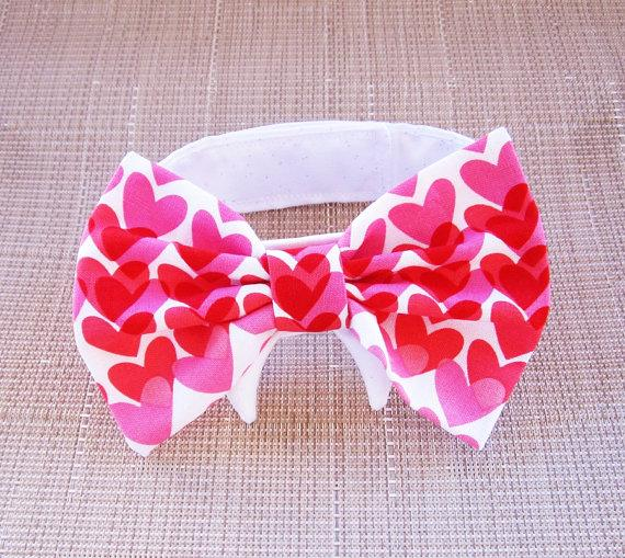 Свадьба - Dog or Cat Bow Tie: Red and Pink Valentine Hearts