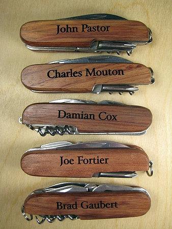 Mariage - 4 Engraved Wood Pocket Knives 8 Function Personalized Groomsman Ring Bearer Best Man Gift Wedding Keepsake