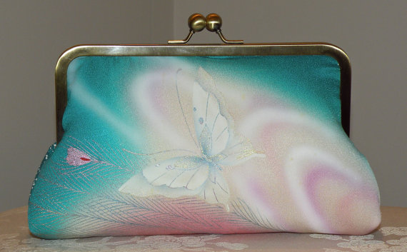 Свадьба - Silk Kimono Clutch Purse Bag..Peacock Feather..Bridal/Wedding Gift..Florals..Butterfly..Lavendar/Teal/Pink/Wrap/Scarf/Shrug/Shawl available
