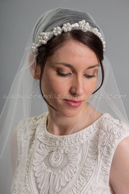 Mariage - Rhinestone and Pearl Juliet Cap Veil, 1920s Inspired Bridal Veil, Wedding Cap Veil - Viola