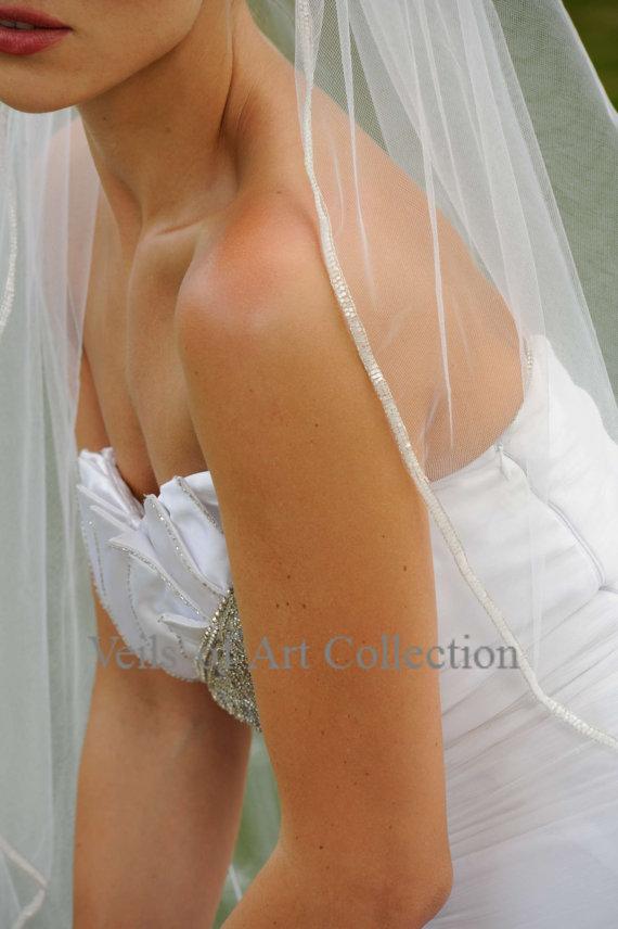 Wedding - Designer One Tier Beaded Bridal Veil Fingertip Style VE304