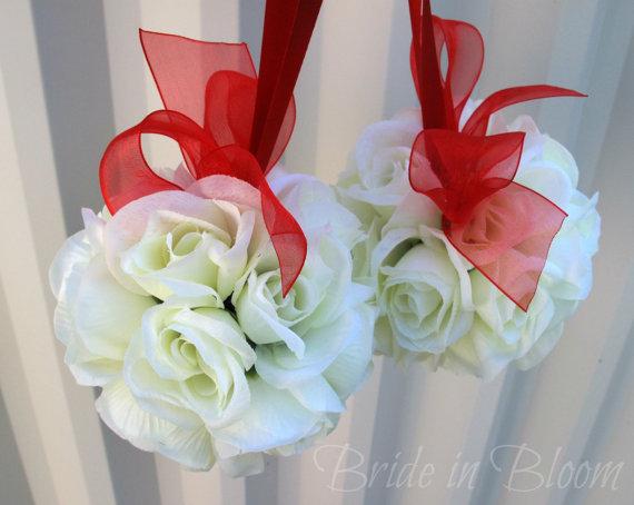 Hochzeit - Wedding flower balls pomander Wedding decorations Ceremony Aisle pew markers