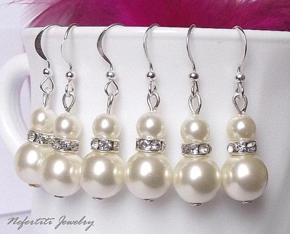 Mariage - Bridesmaid earrings, pearl earrings, wedding jewelry, bridesmaid gift jewelry, pearl bridesmaid earring set of 4, wedding earrings
