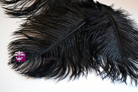 Свадьба - Set of 3 Black 8 - 9 Inches Ostrich Feathers - Plumes - Wedding Party Decorations - Headband Feathers - Bouquet Feather