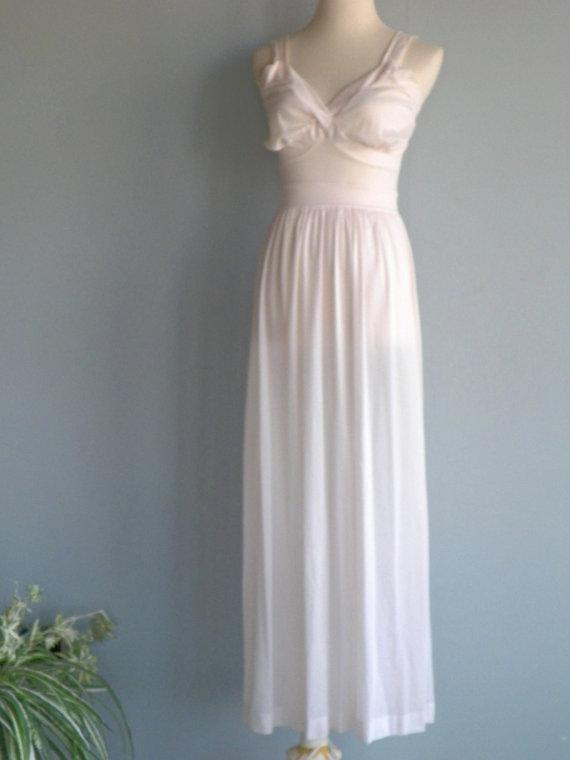 Mariage - 1950s Van Raalte Nylon chiffon MARILYN GOWN Ballerina Negliee, size s b34, lingerie, vintage floor length nightgown