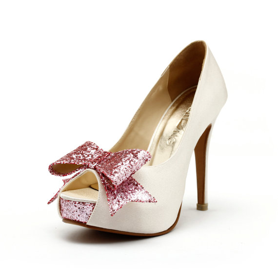 Mariage - Cranberry, Ivory White Wedding Heels, Ivory Wedding Shoes with Glitter,  Ivory and Pink Wedding Heels, Glitter Wedding Shoes