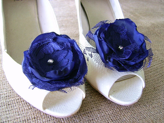 Mariage - Navy blue fabric flower and lace shoe clips for weddings, special occasions