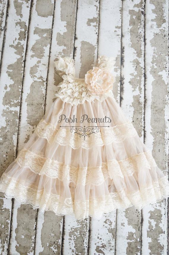 Hochzeit - Lace Flower Girl dress- Flower Girl Dresses- Champagne flower girl dress- Lace dress- Rustic Girls Dress- Baby Lace Dress- Junior Bridesmaid