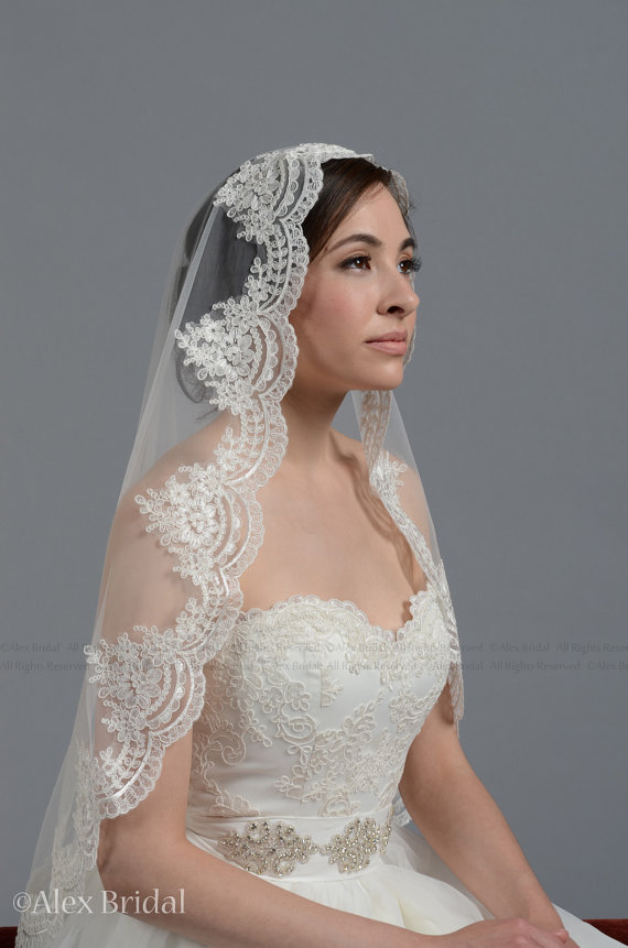 Mantilla Bridal Wedding Veil Ivory 45x36 Elbow Alencon Lace