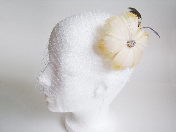 Свадьба - Ivory Birdcage Veil Fascinator, Ivory Birdcage Veil with Bridal Fascinator, Bridal Fascinator,  Birdcage Fascinator, Yellow Fascinator
