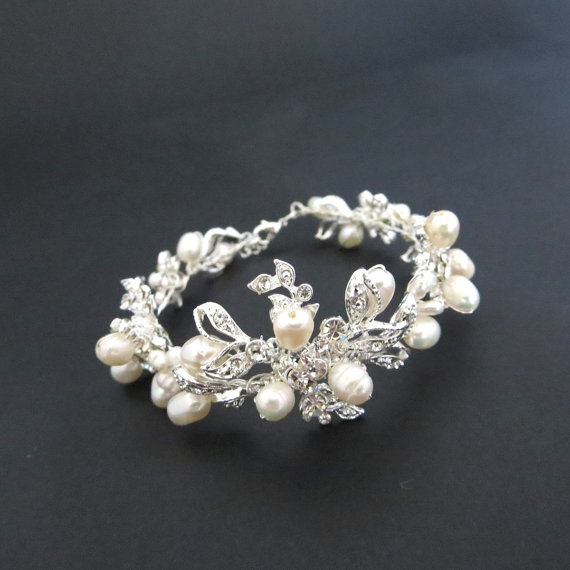 Mariage - Rhinestone and pearl bracelet, Bridal bracelet, Freshwater pearl bracelet, Cuff bracelet, Bridesmaid jewelry