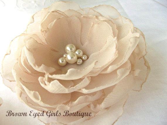 زفاف - Champagne Bridal Flower Hair Clip, Champagne Wedding Hair Accessory, Nude Fascinator, Champagne Bridal Head Piece
