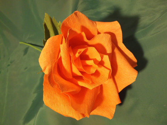 Mariage - GIANT Orange Crepe Paper Rose, Large Paper Rose, Wedding Bouquet, Crepe Paper Rose, Wedding Decoration, Paper Flowers, Birthday Decoration