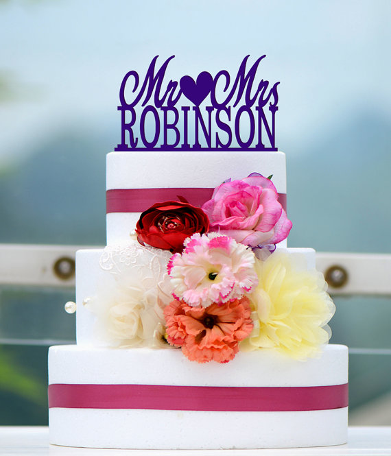 Mariage - Wedding Cake Topper Monogram Mr and Mrs cake Topper Design Personalized with YOUR Last Name Q004