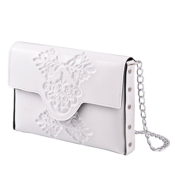 زفاف - Womans clutch bag, small white clutch bag, mini clutch handbag, wedding day clutch bag, classic white clutch with metal chain strap