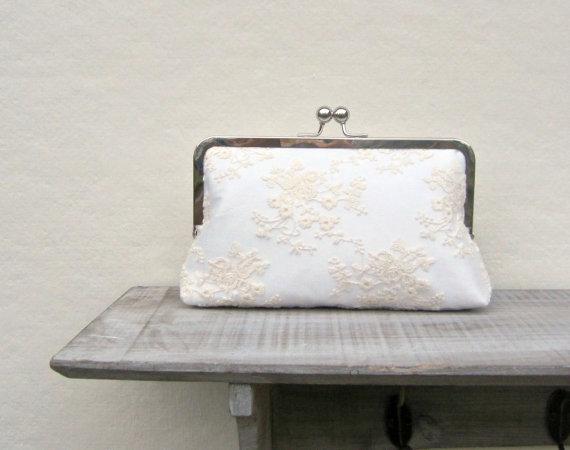 Wedding - Lace bridal clutch, ivory wedding clutch, cream clutch, bridesmaids clutch, vintage style lace clutch, clutch purse, custom clutch, uk purse