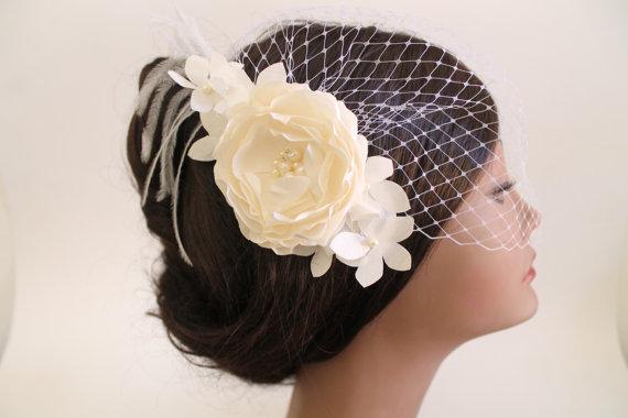 Hochzeit - Birdcage Bandeau Veil, Ivory Flower Birdcage Veil and Fascinator, Wedding Head Piece, Wedding Accessories, Ostrich Feathers,