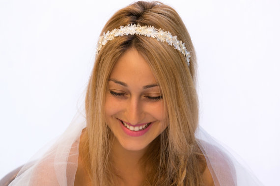 Свадьба - Gold and Ivory Headband, Delicate Bridal Hairband, Wedding Hair Accessories, Pearls