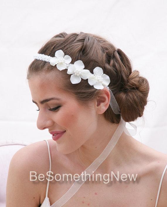 زفاف - Wedding Flower Headband Pearl Tie Headpiece for Weddings with Ivory Flowers and Pearl Trim, Wedding Hair Bridal Headpiece Pearl Headband