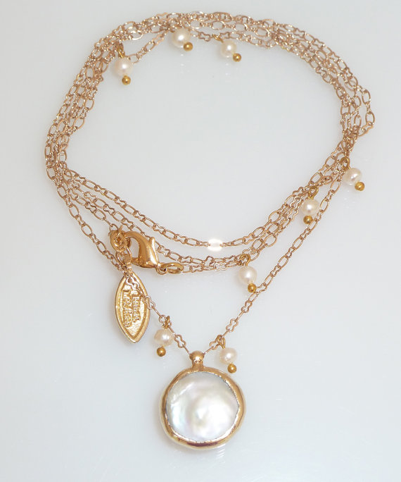 Свадьба - Pearl  Long Necklace, Wedding jewelry, June Birthstone, Delicate Long Necklace,  Bridesmaids Gift, Coin Pearl Necklace,24k  Gold.