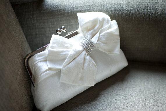 Hochzeit - Bridal Bow Clutch, Rhinestone, Swarovski Crystal Clutch, Wedding Clutch, Ivory Purse, Formal Purse, Prom Clutch {Glam'd Up Pretty Kisslock}