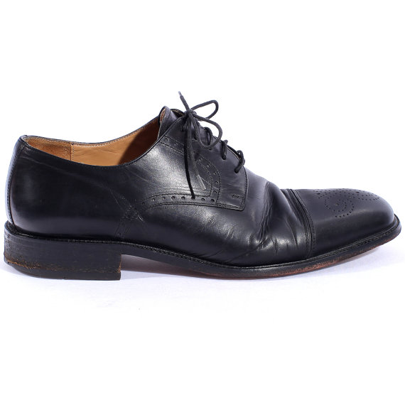 Hochzeit - Black DERBY Dress Shoes . Vintage Mens Leather 90s CLace Up Brogues OXFORD Cap-toe Prom Wedding Urban Smart Casual Classy  . Eur 43 USA 9