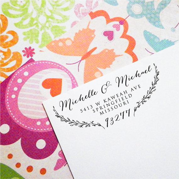 Hochzeit - Custom Return Address Stamp, Self Inking Stamp, Wood Stamp, Wedding Present, Bridal Shower Gift, Housewarming Gift, Christmas Present  (T82)