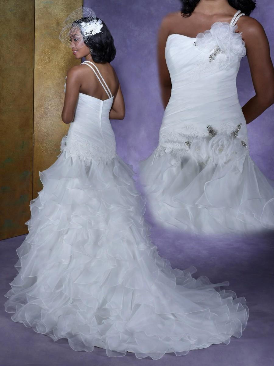 Plus size 2015 collection krikor jabotian design wedding for Plus size one shoulder wedding dress