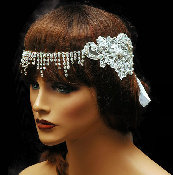 Свадьба - Wedding Headpiece,Forehead Chain Bridal Headpiece,1920s Flapper Headpiece,Lace Couture Headpiece, White Wedding Headpiece by Ayansi