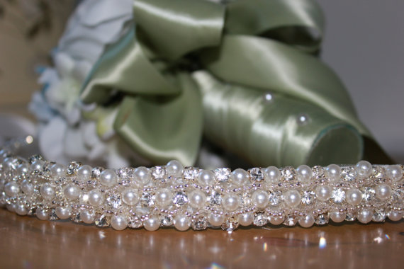 Mariage - Classic Bridal rhinestone and pearl wedding sash