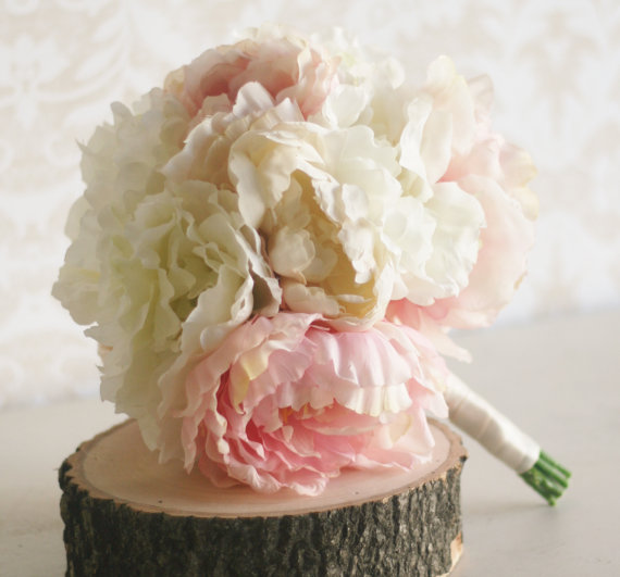 Свадьба - Silk Bride Bouquet Peony Flowers Peonies Shabby Chic Wedding Arrangement (Item Number MHD20049)