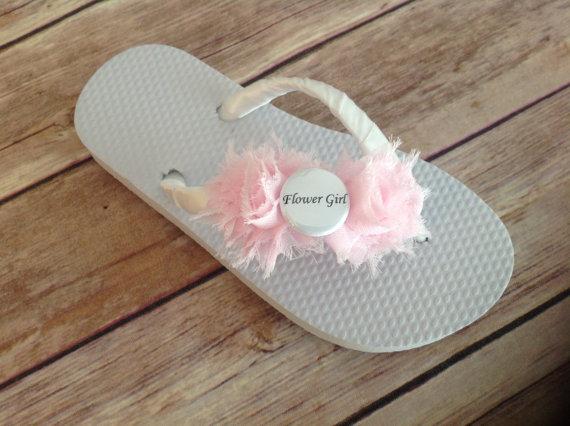 Свадьба - Girls/Kids Flower Girl Flip Flops - Pick your flower color