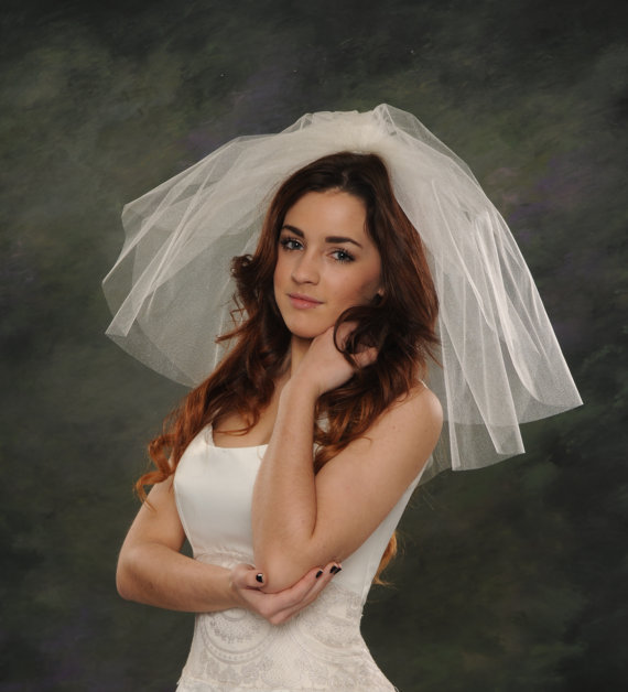 Types of Wedding Veils - Flyaway Veils