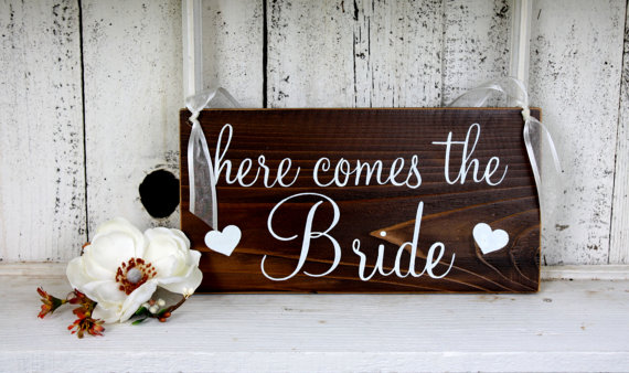 زفاف - HERE COMES the BRIDE 5 1/2 x 11 Rustic Wedding Signs