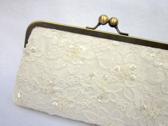 Mariage - Pearl Clutch, Lace Bridal Clutch, Wedding Purse, Ivory Bridal Clutch, White Alencon Lace (Choose your color) {Pearled Pretty Kisslock}