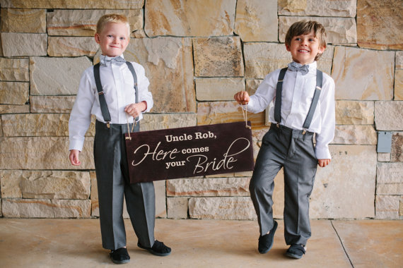 Hochzeit - Uncle Here Comes the Bride Sign Ring Bearer Flower Girl Wood Wedding Sign