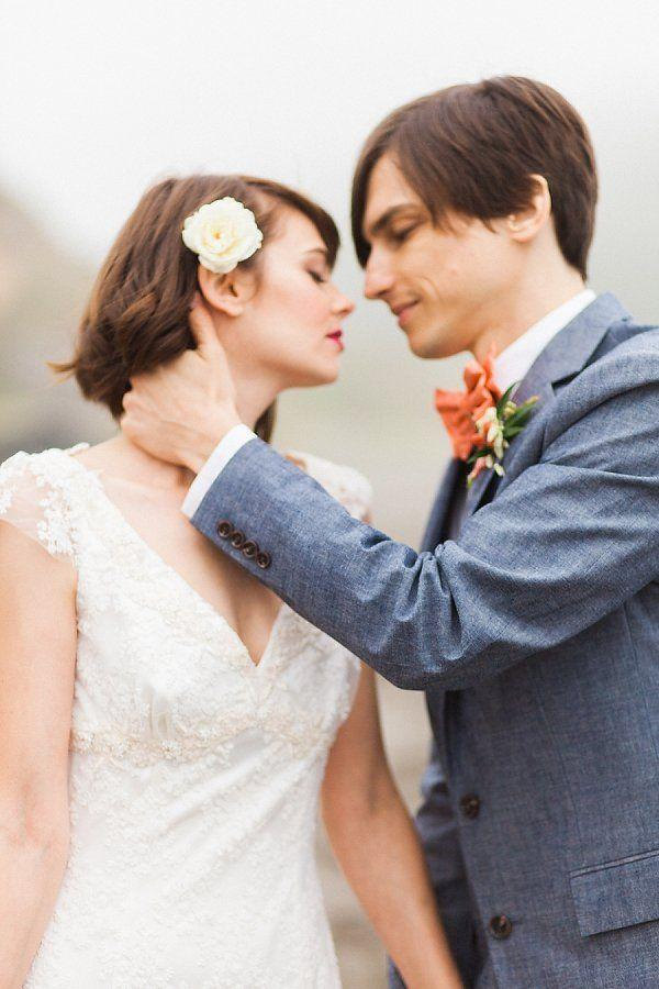 Hochzeit - Gallery: Romantic Beach Elopement Wedding Inspiration