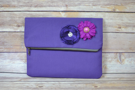 Mariage - Envelope clutch / Zipper Close / Purple Cotton / silk flower / Simple, bridesmaid clutch, wedding, by Darby Mack, made in the USA  in stock