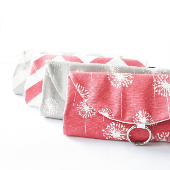 Mariage - Jewelry Rolls Travel Organizer Clutches - Set of 4 Gifts for Bridesmaids - Custom Fabric/Colors - Destination Wedding Idea