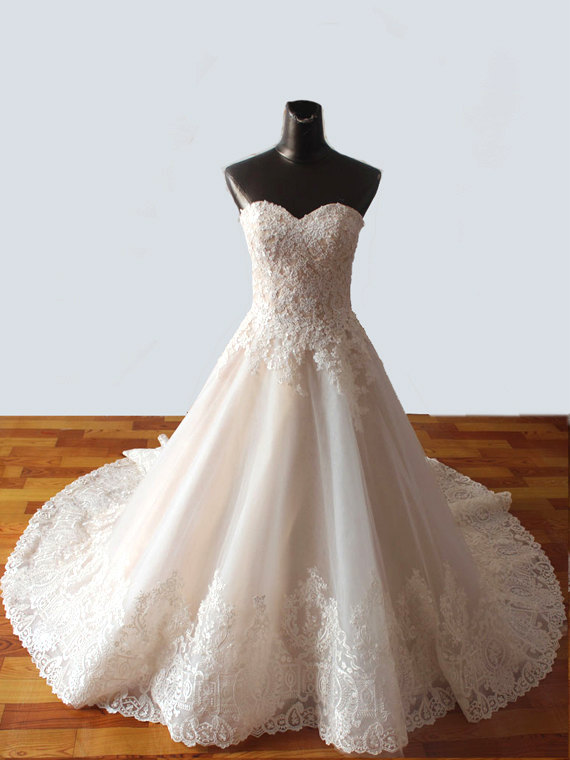 Düğün - Wedding Dress Romantic Wedding Gown Strapless : BELINDA Sweetheart Strapless Lace Ivory White Aline Gown Custom Size