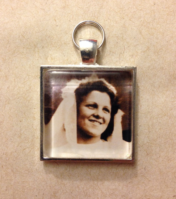Mariage - Custom Photo Zipper Pull Charms / Shoe Charms