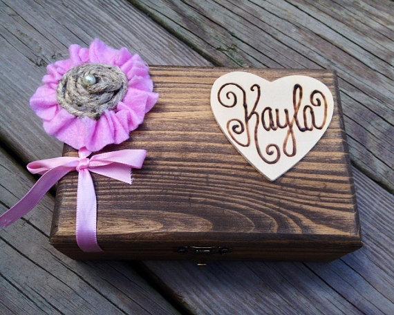 Свадьба - Bridesmaid Gift Box - 6 Personalized Bridesmaid Keepsake Box - Bridal Party Gift - Matron of Honor - Flower Girl - Groomsmen/Best Man Gift