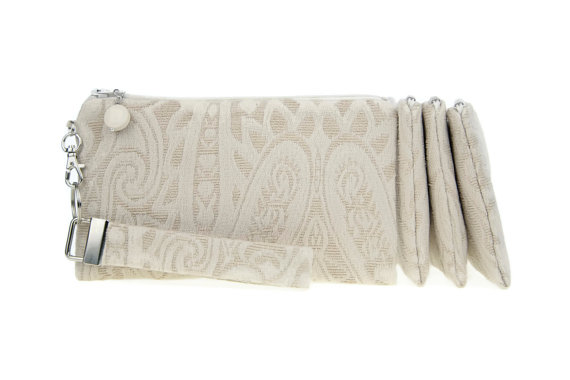 Mariage - Rustic clutch - vintage wedding ivory bridal purse - set of 4 bridesmaid clutches - evening bag - fabric small purse from recycled curtain