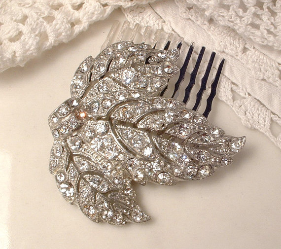 Hochzeit - 1920s Art Deco Art Nouveau Vintage Pave Rhinestone Silver Leaf Bridal Hair Comb Antique Crystal Dress Fur Clip to Wedding Accessory GATSBY