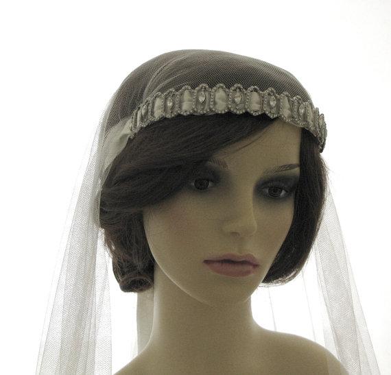 Mariage - Couture bridal cap veil -with Swarovski cap front - Kristal